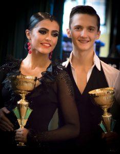 Andrei Toader si partenera sa Mia, campioni dans sportiv